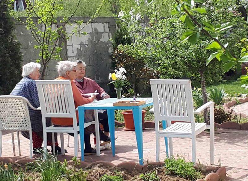 Relaxare in gradina Maisonnette